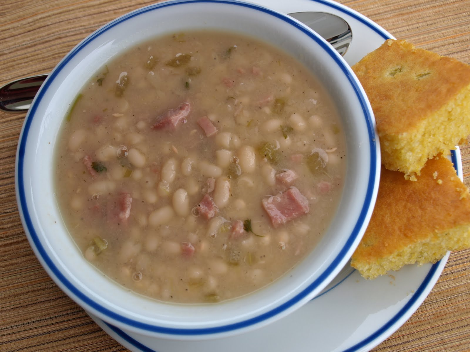 Soup beans and cornbread